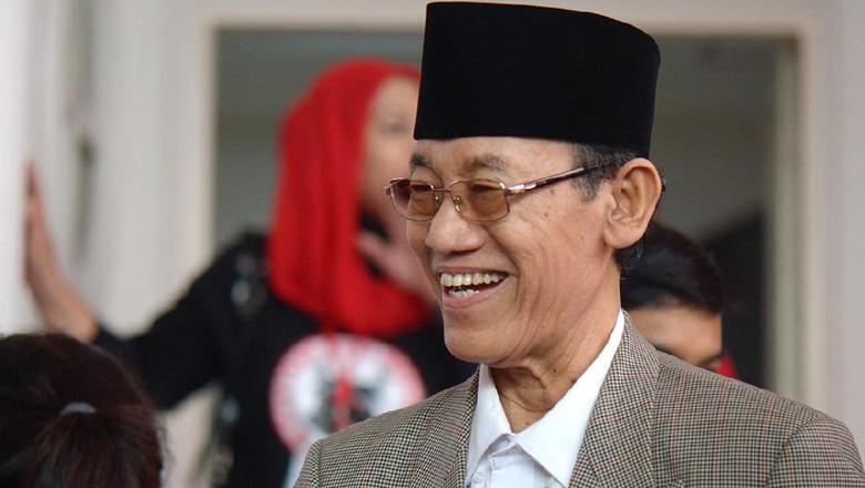 Hamka Minta Masyarakat Jangan Galau Pilih Jokowi