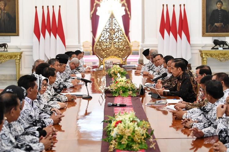 Presiden Jokowi Akan Tingkatkan Kualitas Guru