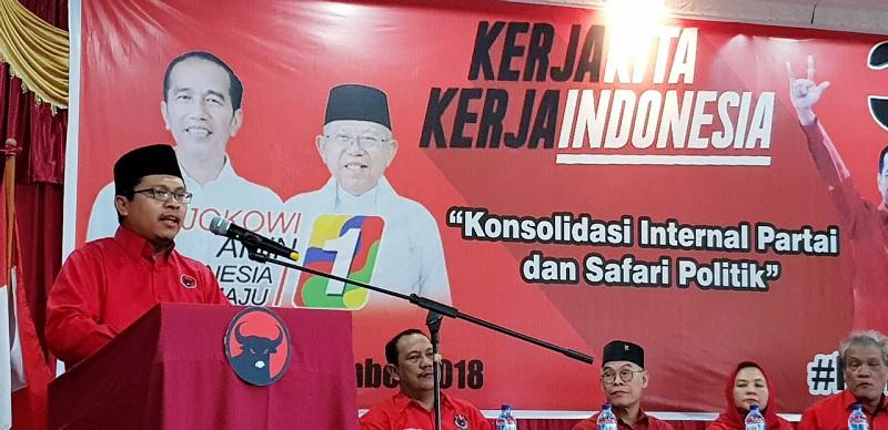 PDI Perjuangan Rutin Gelar Salat Jumat di Kantor DPP