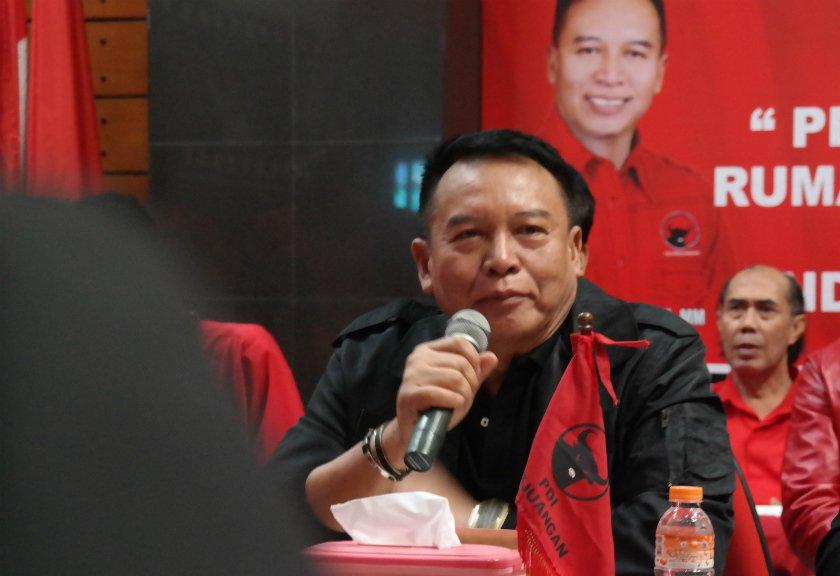 Kang Hasan Minta Karna-Tarsono Tidak Buat Jarak dengan Warga