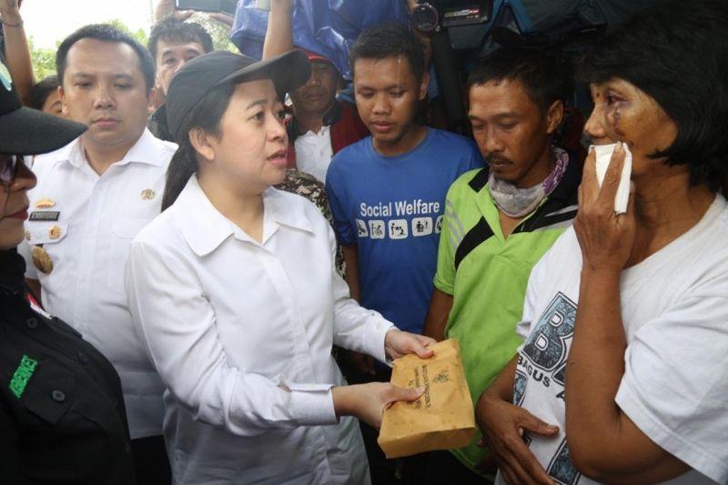 Pemerintah Beri Santunan dan Renovasi Rumah Korban Tsunami