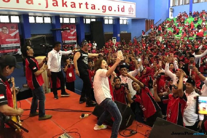 Pulung-Tina Toon Berkolaborasi Menangkan Jokowi