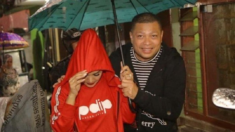 Krisdayanti Rajin Blusukan Menangkan Jokowi & PDI Perjuangan
