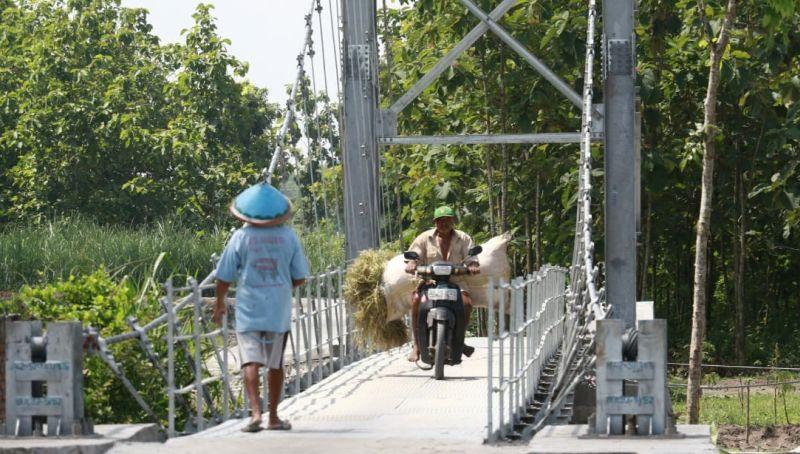 PUPR Rampungkan Tiga Jembatan Gantung di Madiun