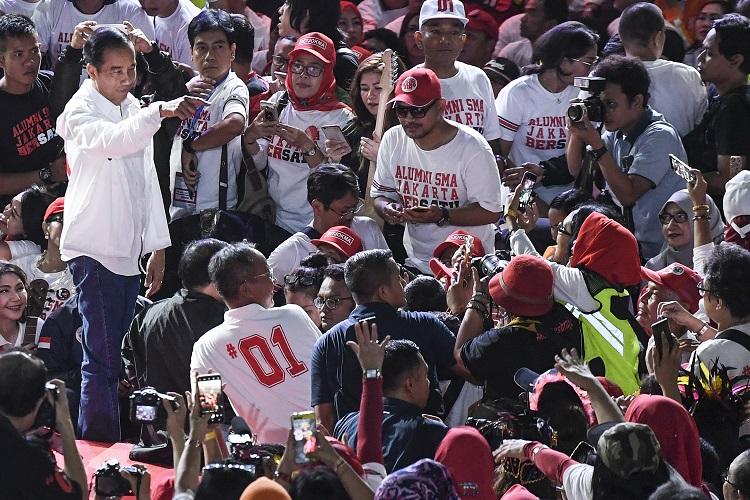Demi Kebaikan Bangsa, Jokowi Siap Pertaruhkan Jabatan
