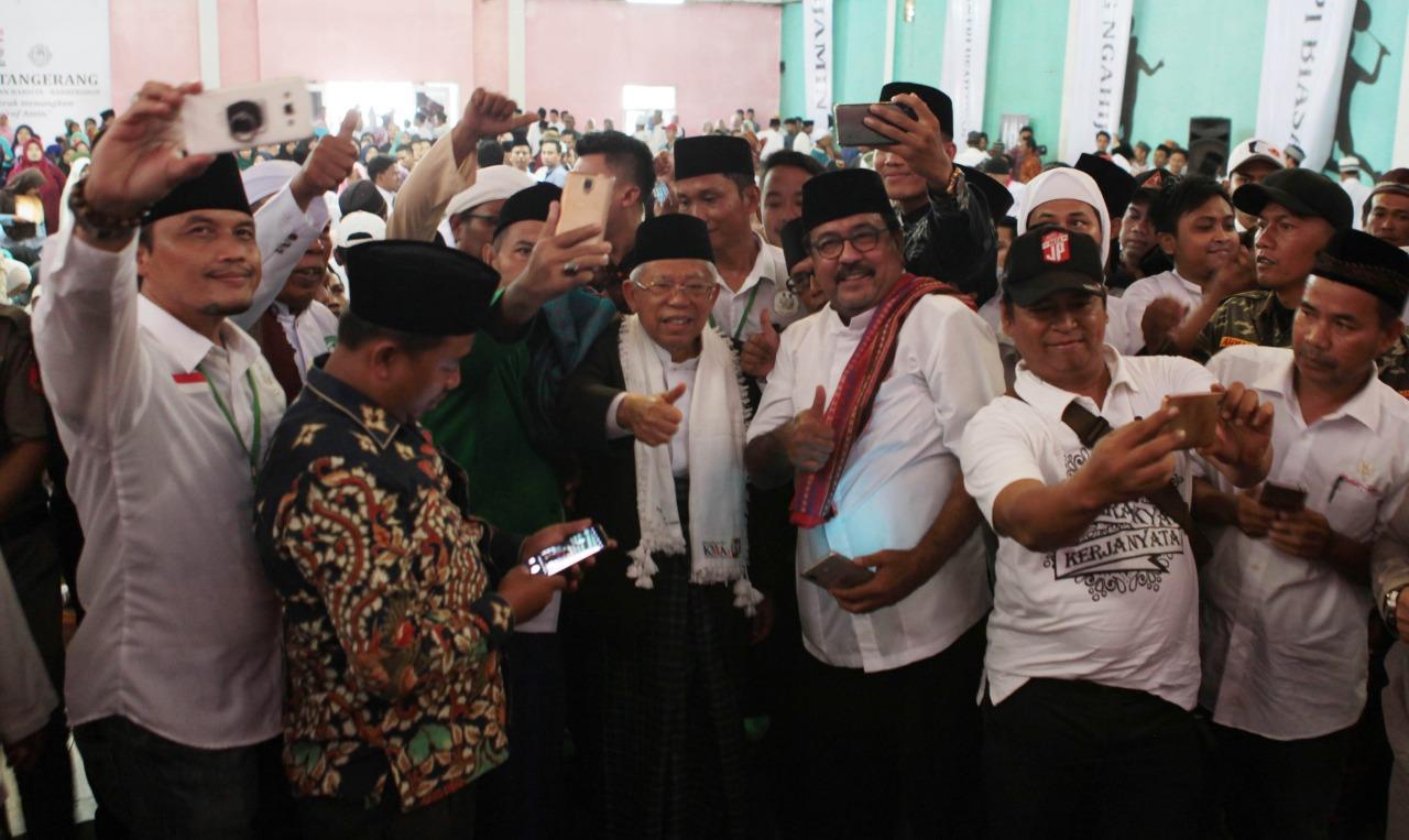 Tangerang 'Ngahiji' Dukung Jokowi, Rano Bacakan Deklarasi