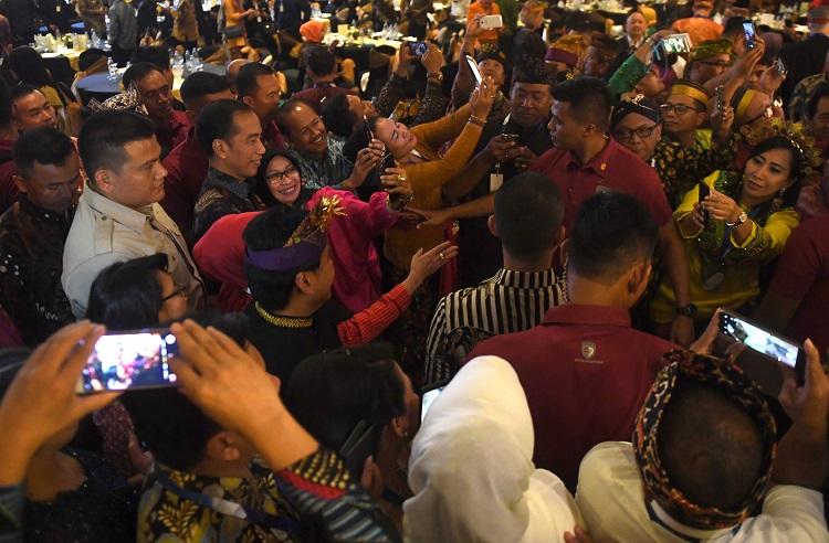 Presiden Tindaklanjuti Larangan Pemprov Rapat di Hotel