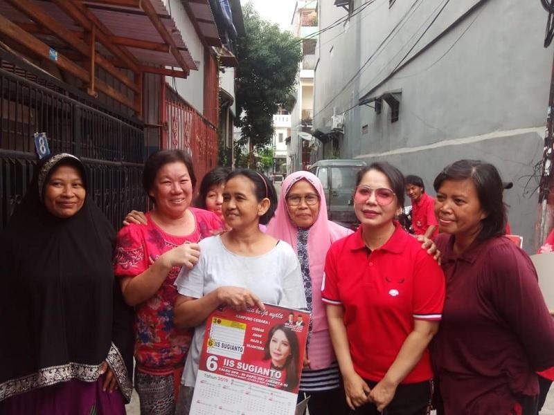 Guru Dibully, Iis Sugianto: Indonesia Darurat Budi Pekerti