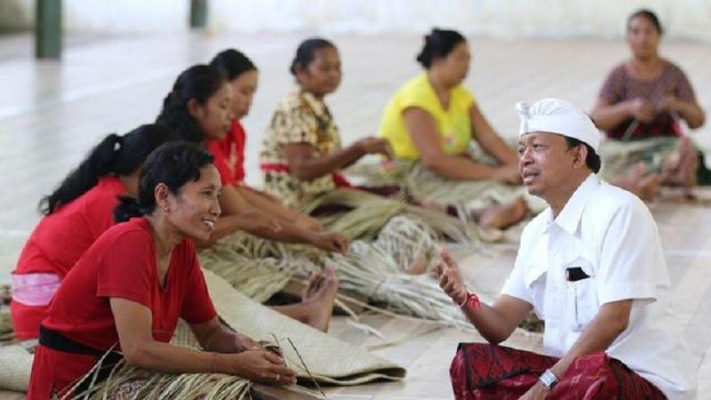 Wayan Koster Akan Legalkan Arak Bali