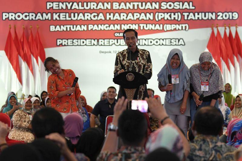Presiden Jokowi Sampaikan Perubahan Mekanisme Bantuan Sosial
