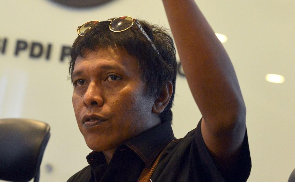 Menangkan Jokowi, Adian Rela Blusukan ke 245 Desa