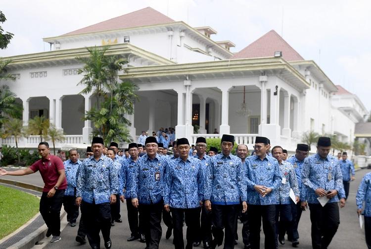 Presiden Minta PNS Tingkatkan Pelayanan ke Masyarakat