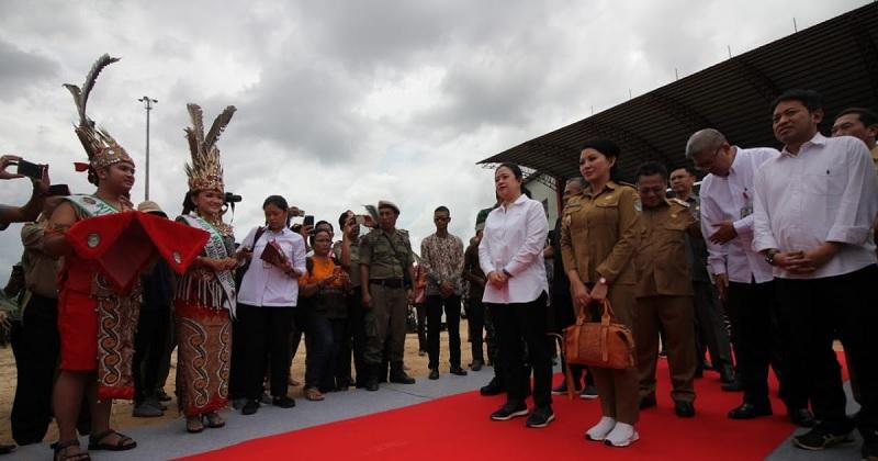 Puan Serahkan DPA Pembangunan Monumen Soekarno