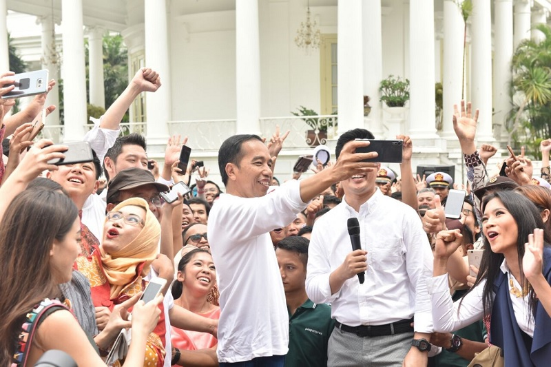 Milenial Indonesia Layak Optimistis Karena Kinerja Jokowi