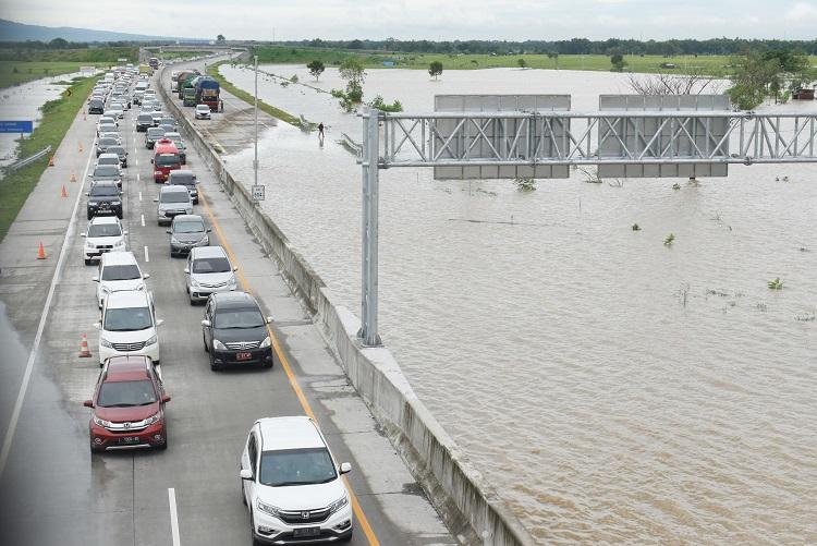 Banjir di Tol Trans Jawa Bukan Kesalahan Konstruksi
