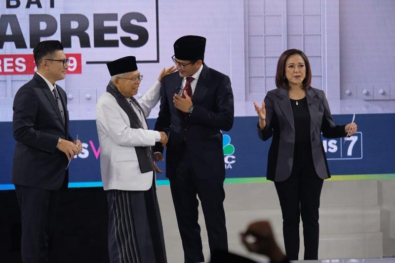 Survei PoliticaWave: Kiai Ma'ruf Lebih Memukau dari Sandiaga