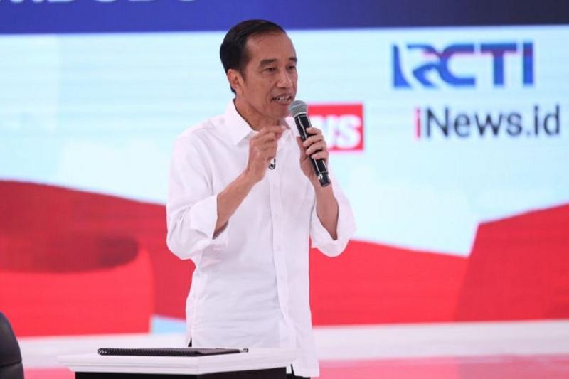 Prabowo Krisis Kepercayaan pada TNI, Jokowi: Saya Percaya