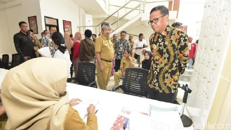 Gubernur NA Inginkan Sekolah Bersih dari Hoax