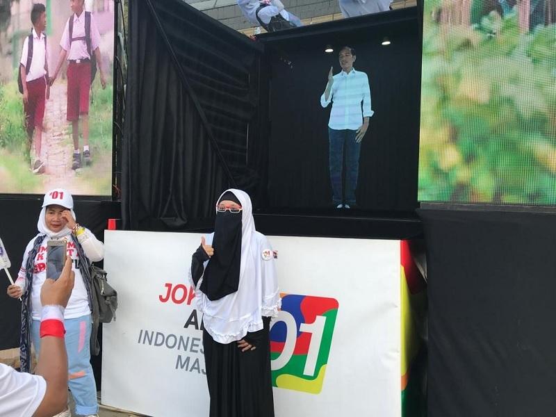 Dua Hologram Jokowi Ramaikan Kampanye Akbar GBK