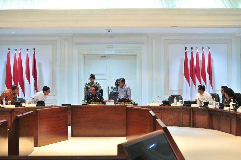 Jokowi: APBN 2020 Harus Stimulasi Pertumbuhan & Pemerataan