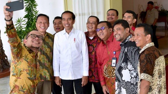 Jelang 'May Day' Presiden Temui Perwakilan Buruh