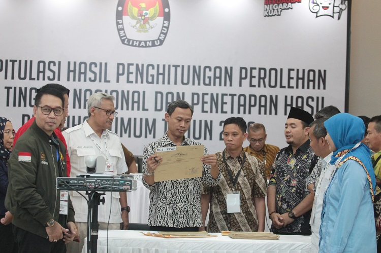 Final, Jokowi-Kiai Ma'ruf Unggul 69,03 persen di Yogyakarta