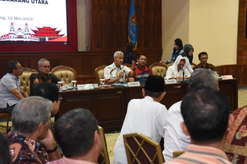 Ganjar Kawal Pembangunan Hunian Sementara Warga Tambakrejo