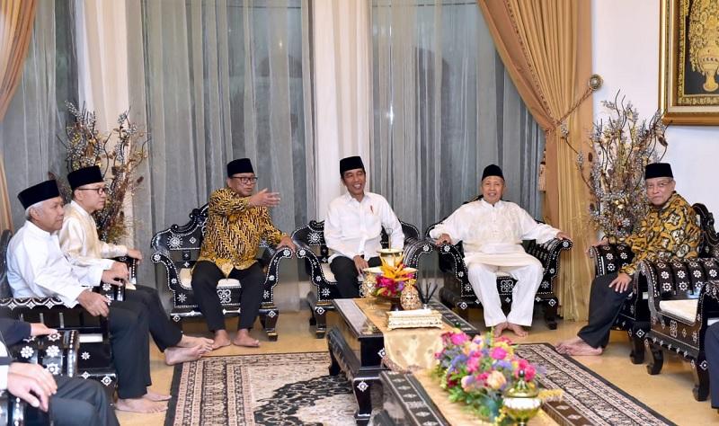 Penolakan Hasil Pemilu, Jokowi Serahkan Sepenuhnya Pada KPU