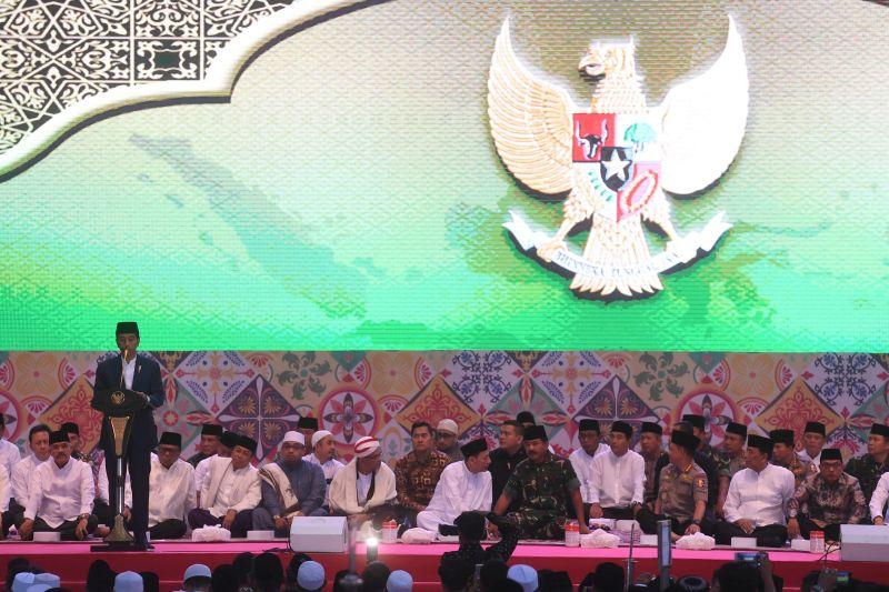Jokowi: Rakyat Senang Lihat TNI-Polri Bersatu