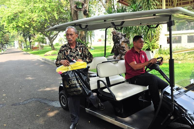 Bertemu Jokowi, Usma Korban 22 Mei Diminta Jualan Lagi