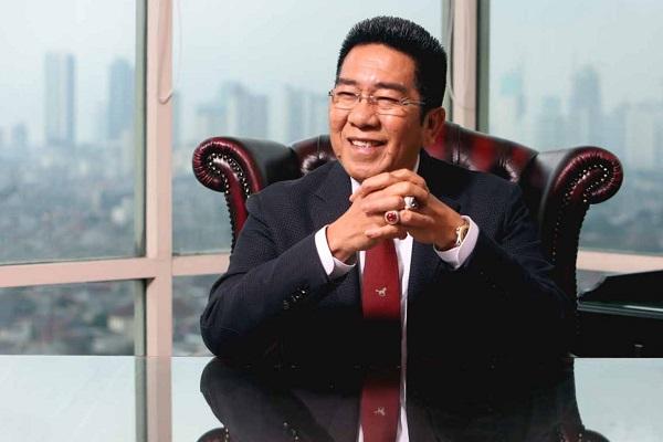 HENRY YOSO Mengajak Tim Hukum BPN Berpikir Cerdas & Waras