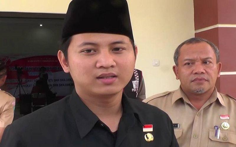Di Sela Nobar, Gus Ipin Pimpin Doa untuk Ani Yudhoyono