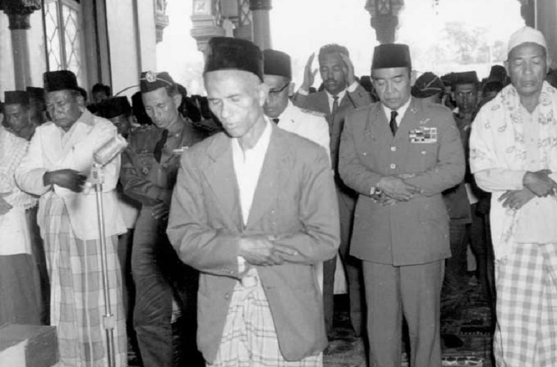 Bung Karno, Muslim Nasionalis Pembela Kaum Tertindas