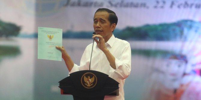 Presiden Jokowi Bagikan 3.000 Sertifikat di Bali