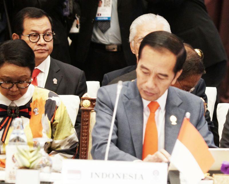 Jokowi-Lee Hsien Loong Bahas Pertemuan Leaders Retreat