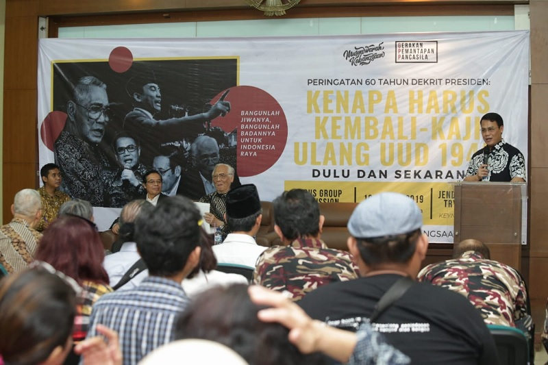 Hikmah Dekrit 5 Juli: Hentikan Konflik Politik Pasca Pilpres