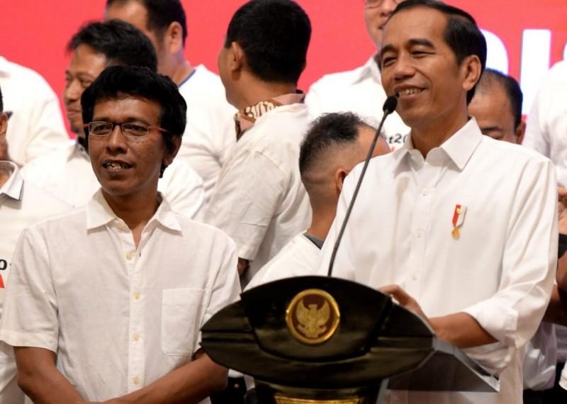 Miliki Jiwa Petarung, Adian Dinilai Cocok Jadi Menteri