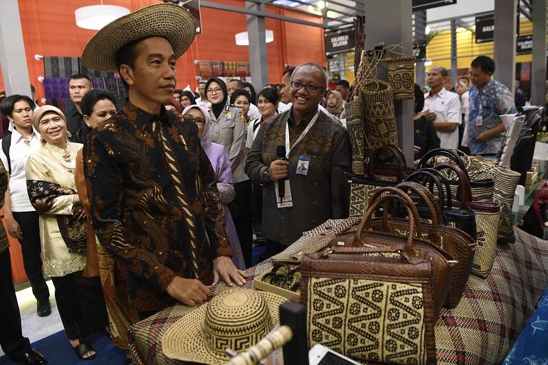 Presiden Jokowi Akui Belum Terima Permohonan Baiq Nuril