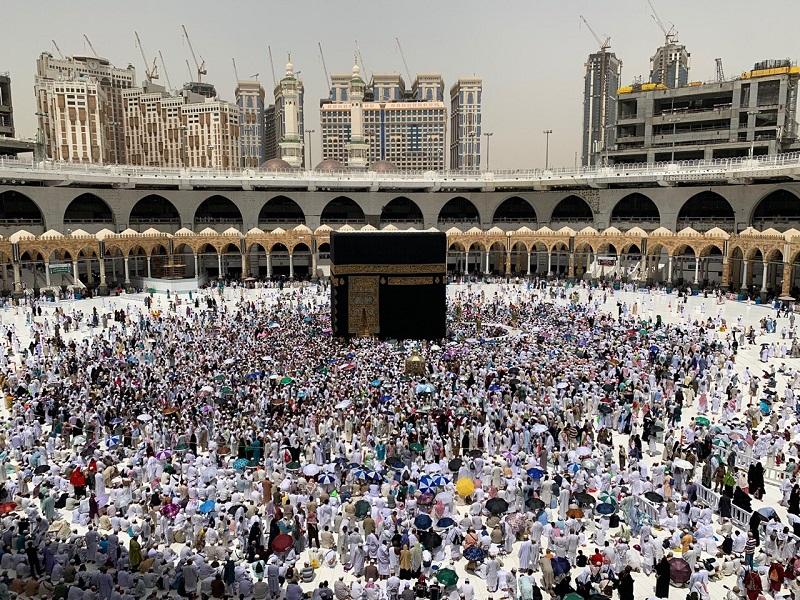 Murad Lepas 1.272 Orang Jamaah Calon Haji Asal Maluku