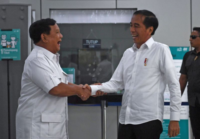 Pertemuan Jokowi-Prabowo Tuai Pujian