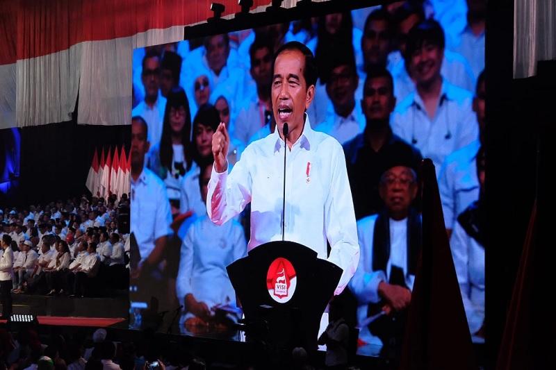 Jokowi: Lembaga Tidak Bermanfaat, Saya Bubarkan !