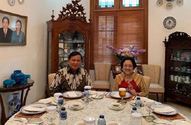 Politik Nasi Goreng Ala Megawati Luluhkan Hati Prabowo