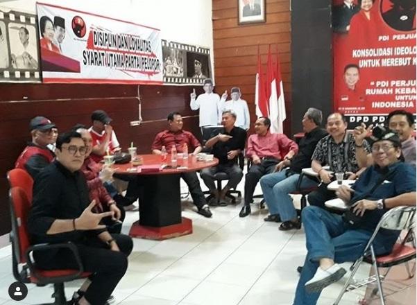 Pimpin PDI Perjuangan Jabar, Ono Gaspol Kompol Pelopor