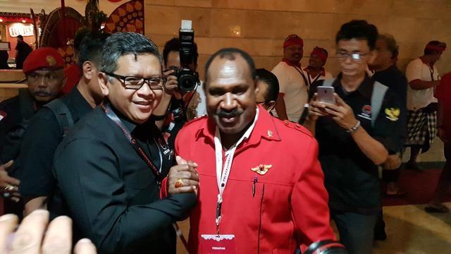 Bupati Puncak Jaya Meminta Ini Pada Jokowi