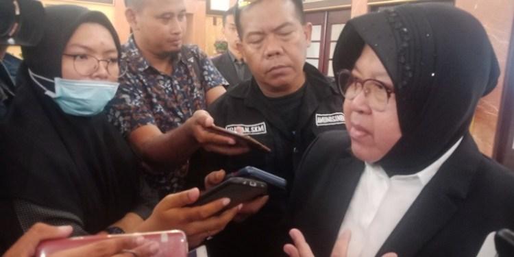 Sah, Surabaya Larang Penggunaan Plastik Sekali Pakai