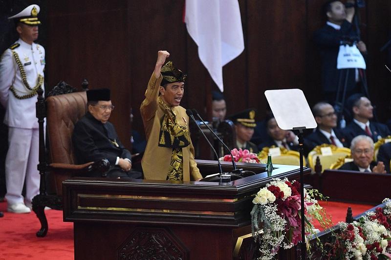 Singgung Indonesia Maju, Gedung DPR RI Bergemuruh
