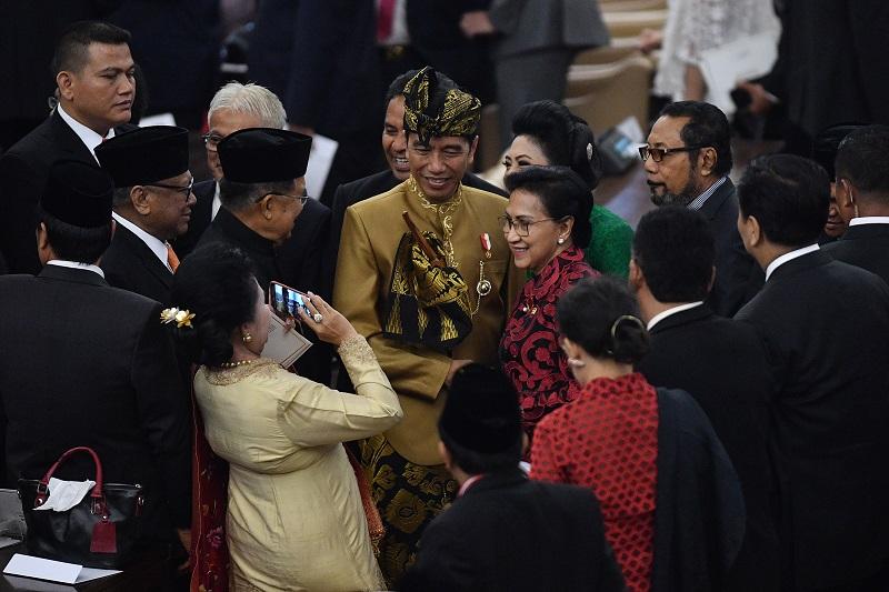 Cetak Sejarah, Kemiskinan Indonesia Turun jadi 9,41 %