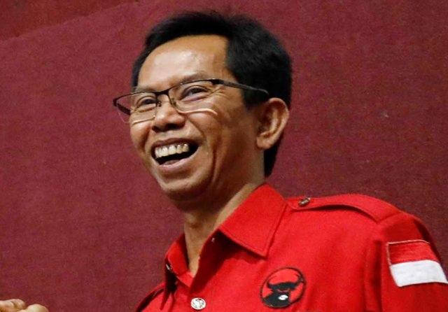 Adi Sutarwijono Jadi Ketua DPRD Surabaya Sementara