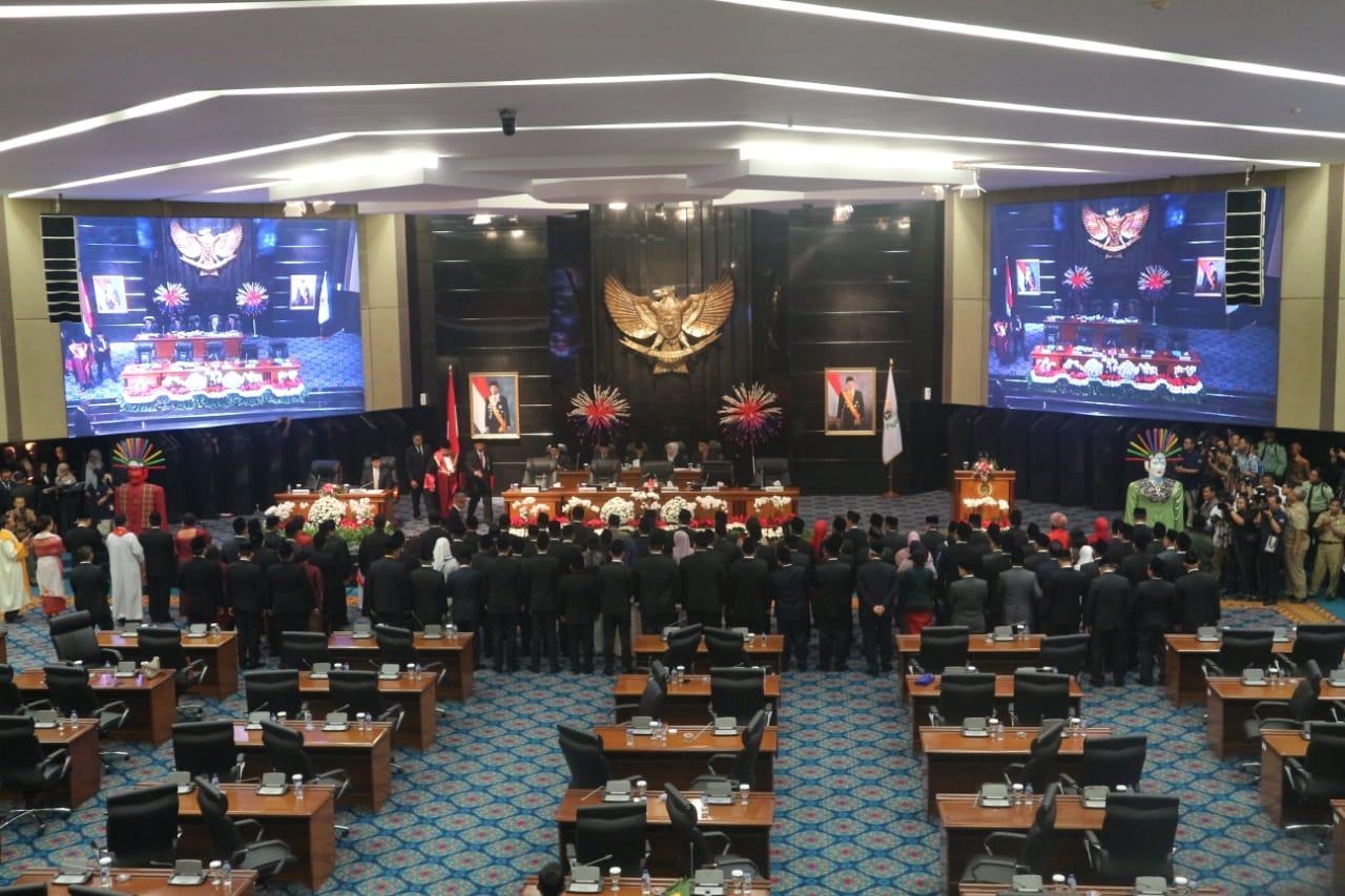 Sah! 106 Anggota DPRD DKI Jakarta Resmi Dilantik