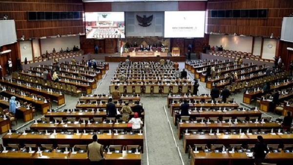 Revisi UU KPK Disepakati DPR & Pemerintah